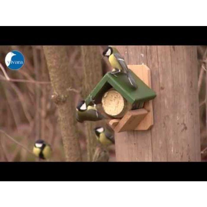 Gartenvögel-Erdnussbutter – mit Nussstückchen