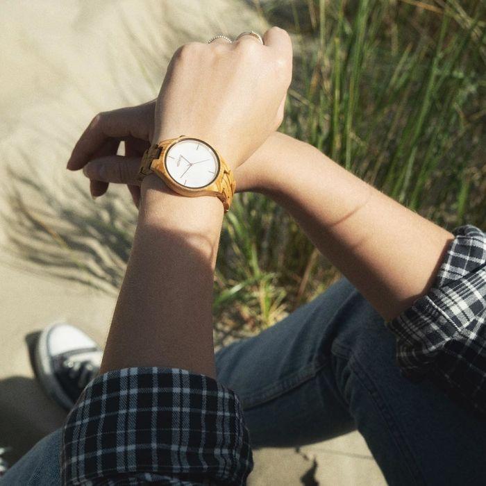 """Holz-Armbanduhr """"Tayga"""""""